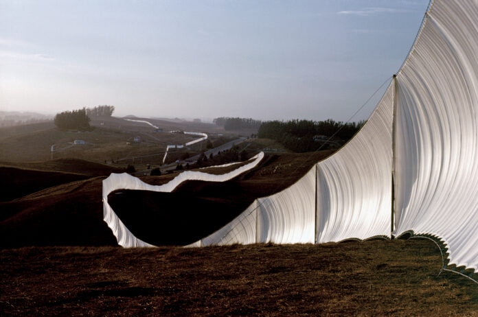 Running Fence, Christo and Jean-Claude, 1976