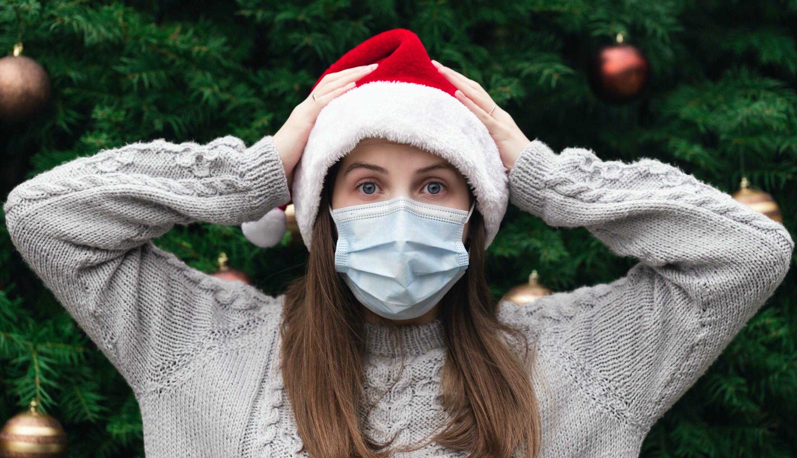 Covid-19 Santa Claus holidays mask
